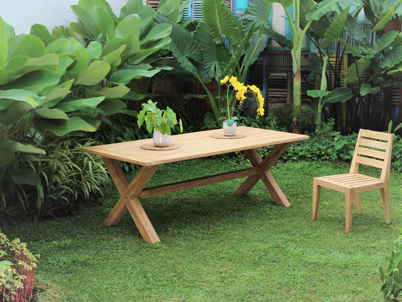 Teak Outdoor Furniture CROSSLEG-TABLE