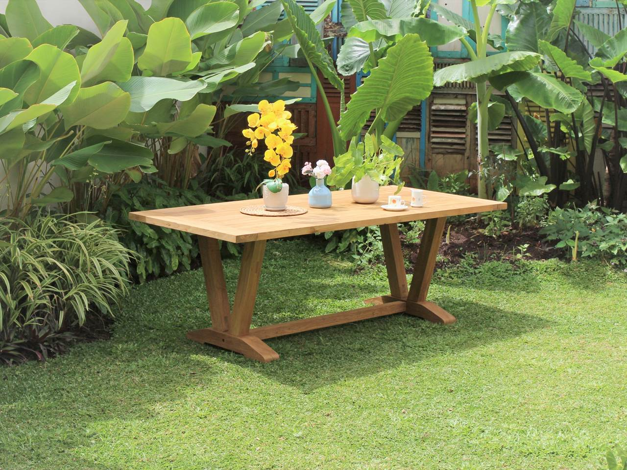 Teak Outdoor Furniture VEE-OUTDOOR-TABLE