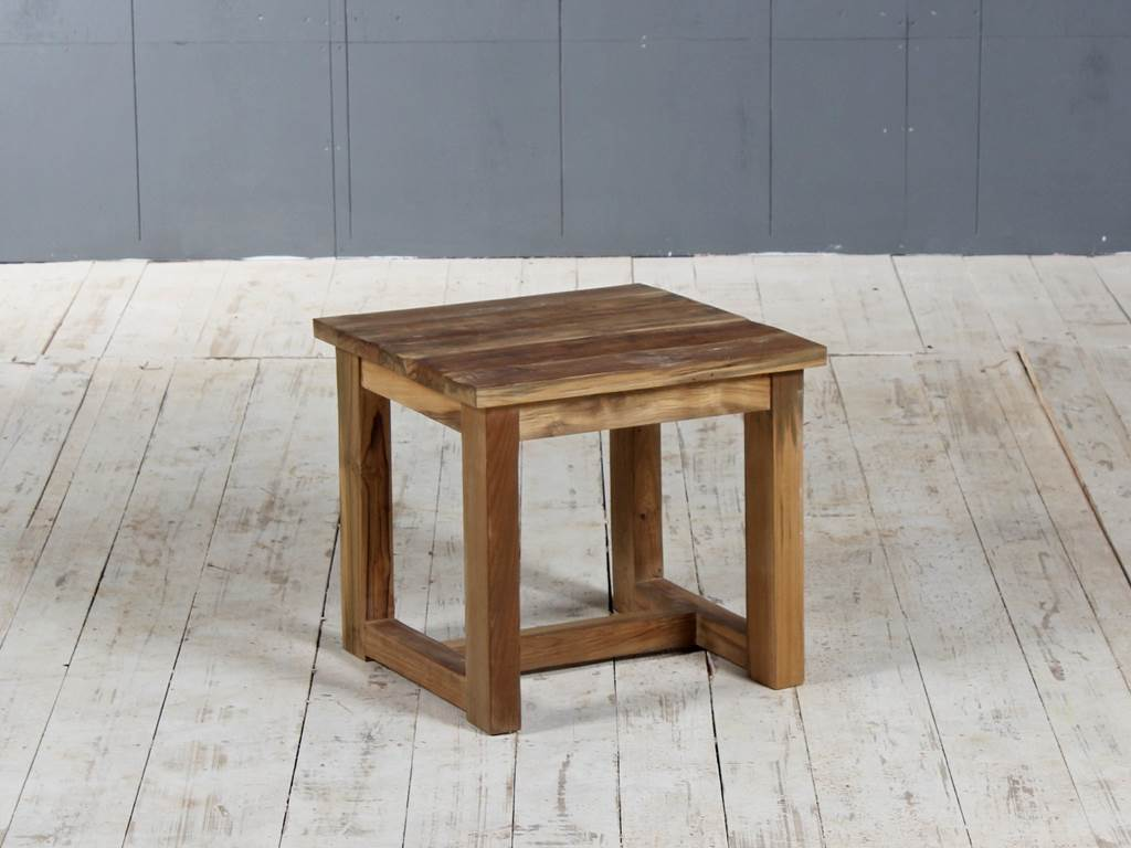 D-Shutter end-table